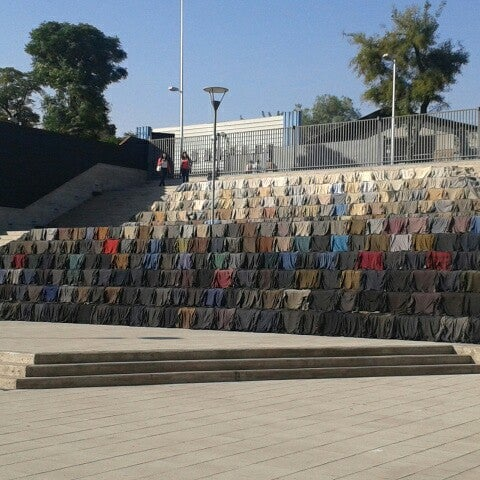 Foto diambil di Museo de la Memoria y los Derechos Humanos oleh Paulina J. pada 5/8/2013
