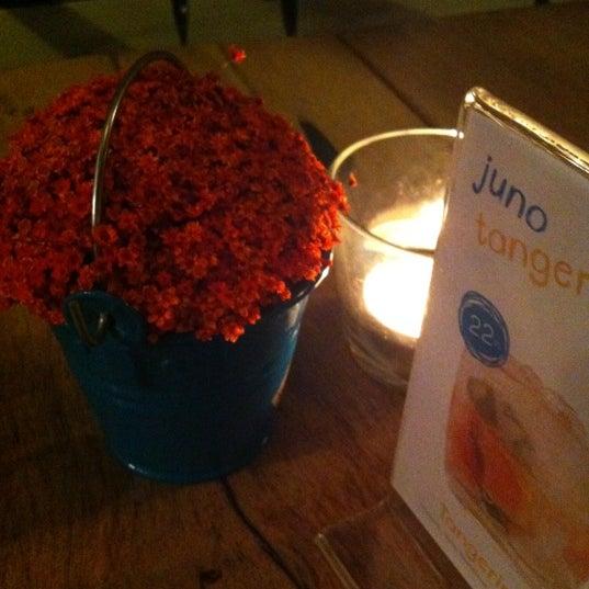 รูปภาพถ่ายที่ Juno โดย Hakan C. เมื่อ 12/28/2012