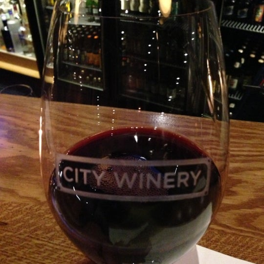 11/10/2012 tarihinde Jim E.ziyaretçi tarafından City Winery'de çekilen fotoğraf