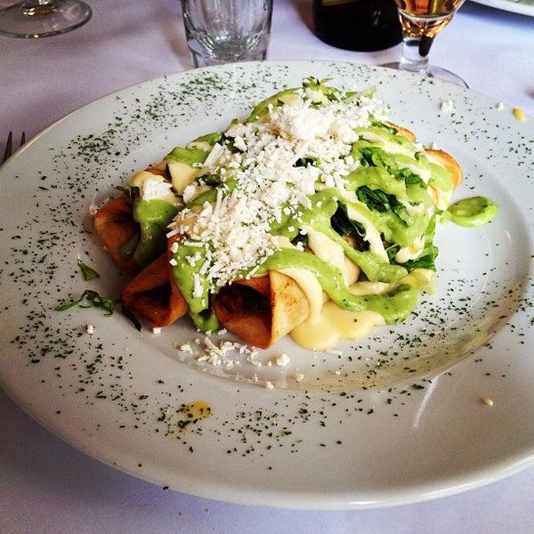 รูปภาพถ่ายที่ Restaurante Don Toribio โดย Rodrigo Y. เมื่อ 7/28/2013