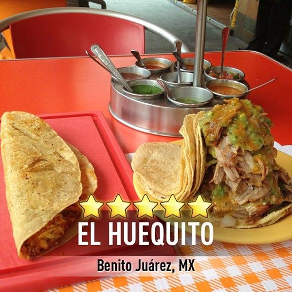 Снимок сделан в El Huequito пользователем Rodrigo Y. 7/4/2013