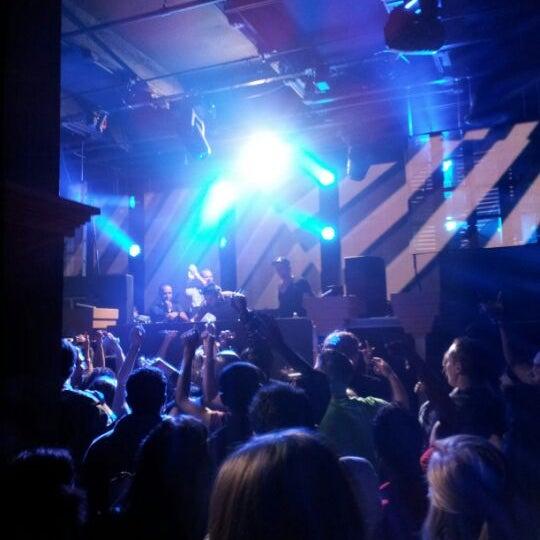 Das Foto wurde bei Foundation Nightclub von Joey S. am 12/2/2012 aufgenommen