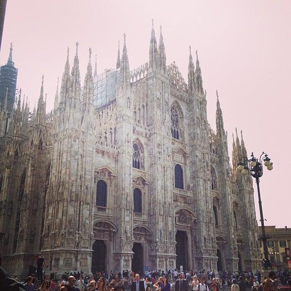 Photo prise au Dôme de Milan par Claire T. le6/15/2013