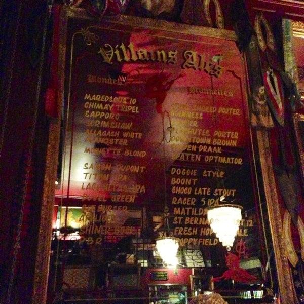 Foto scattata a Villains Tavern da Lionel C. il 4/29/2013