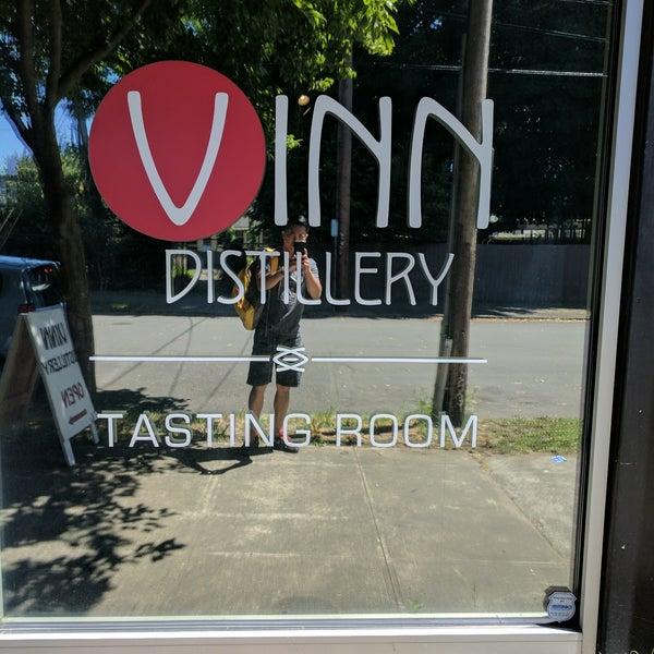 Foto tomada en Vinn Distillery por Phil el 6/24/2017