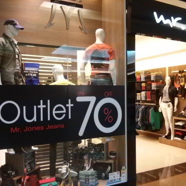Foto diambil di Shopping Rio Claro oleh Paulinho P. pada 9/27/2015