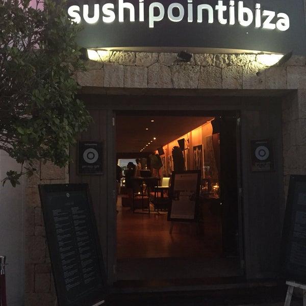 Das Foto wurde bei Sushipoint Ibiza von Z⭕️💿⭕️Z am 7/19/2017 aufgenommen