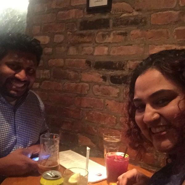 รูปภาพถ่ายที่ Las Ramblas Bar de Tapas โดย Ashitha R. เมื่อ 10/11/2017