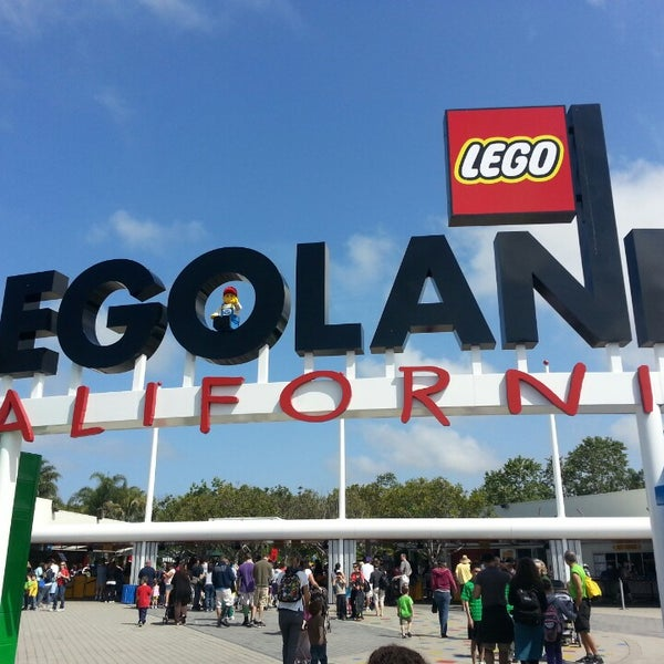 Foto tirada no(a) Legoland California por Katie W. em 5/9/2013