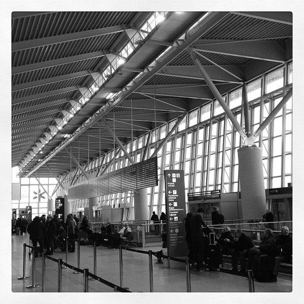 2/24/2013에 Childermas님이 바르샤바 쇼팽 공항 (WAW)에서 찍은 사진