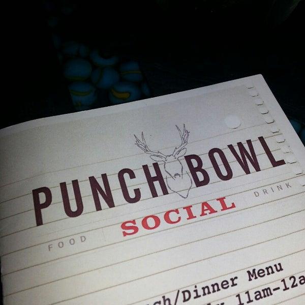 8/10/2013에 Angela L.님이 Punch Bowl Social에서 찍은 사진