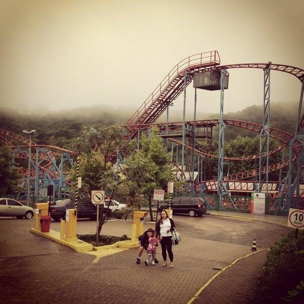 รูปภาพถ่ายที่ Alpen Park โดย Guilherme d. เมื่อ 12/28/2012