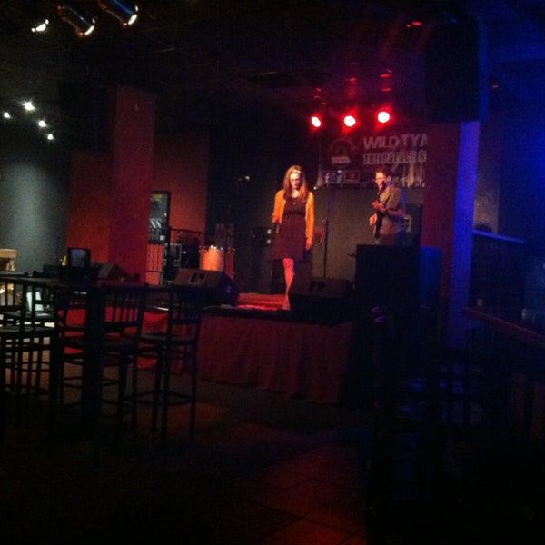 7/4/2013에 Matthew J.님이 Wild Tymes Sports & Music Bar에서 찍은 사진