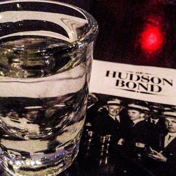 11/15/2013에 Elianne R.님이 The Hudson Bond에서 찍은 사진