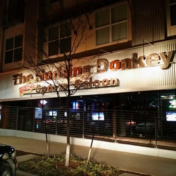 1/24/2014にOmega W.がThe Nodding Donkey - SMU Blvdで撮った写真