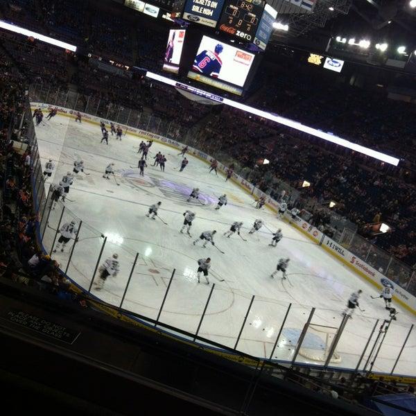 2/7/2013 tarihinde Josh M.ziyaretçi tarafından Northlands Coliseum'de çekilen fotoğraf