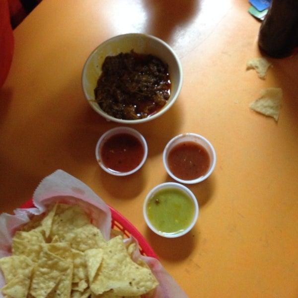 Снимок сделан в La Mexicana Bakery пользователем Angela H. 11/1/2013