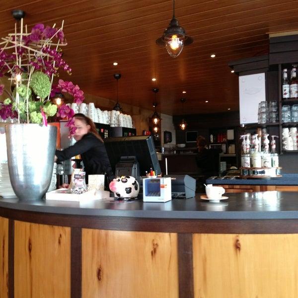 4/5/2013にRoberto R.がLunch-Café Le Provenceで撮った写真