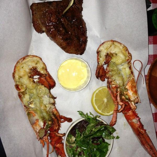 Foto scattata a Big Easy Bar.B.Q & Crabshack da Arnaud d. il 6/6/2013