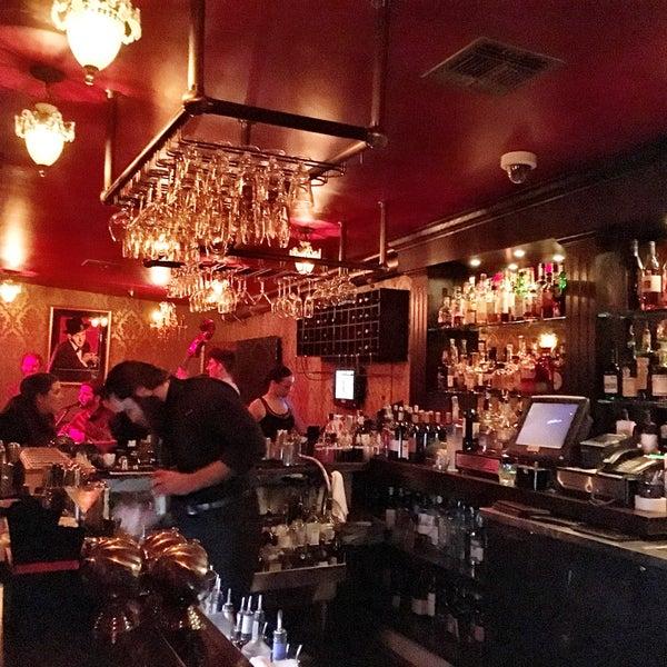 Foto tomada en Seventy7 Lounge por @livehappy8 el 1/28/2016