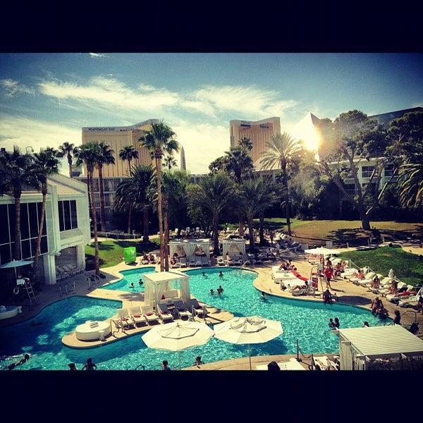 Снимок сделан в Tropicana Las Vegas пользователем Omar H. 9/29/2012