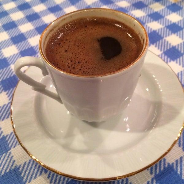 1/19/2014에 Aisha S.님이 Anatolia Restaurant에서 찍은 사진