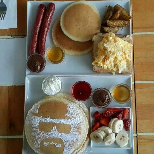 Снимок сделан в Walter's Coffee Roastery пользователем Aslı B. 8/15/2015