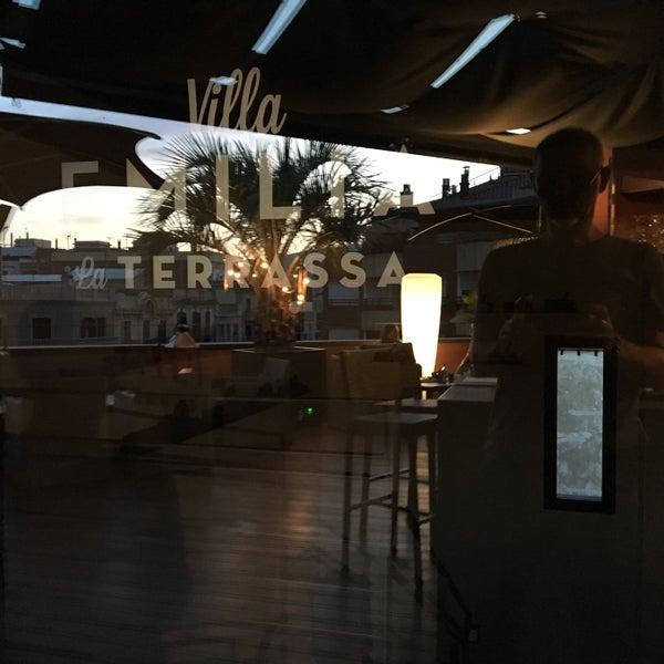 La Terraza Del Hotel Villa Emilia La Nova Esquerra De L