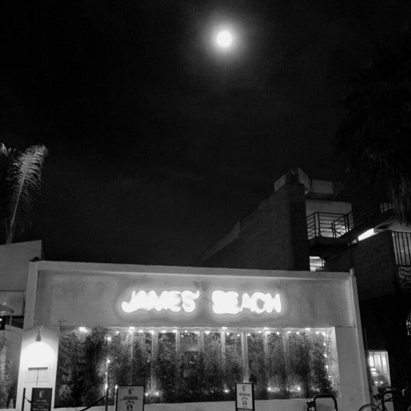 Das Foto wurde bei Canal Club von Jay K. am 8/2/2014 aufgenommen