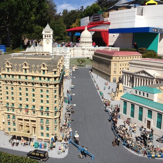 Foto tirada no(a) Legoland California por Wooil L. em 10/15/2012