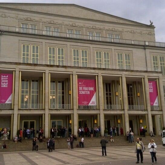 Oper Leipzig Opera House In Zentrum