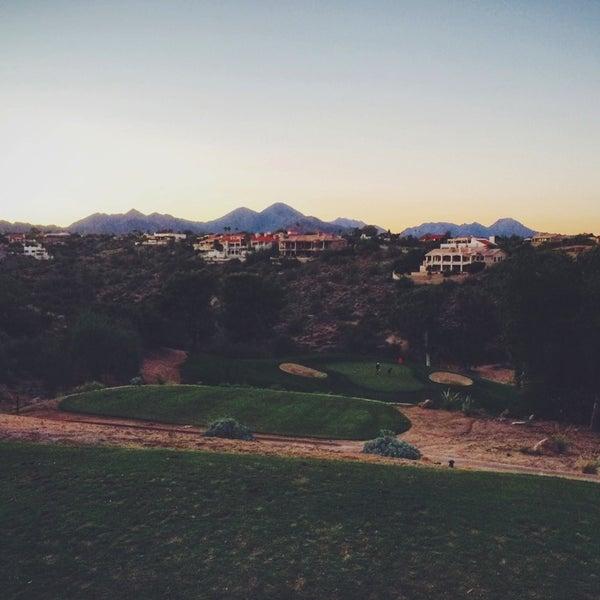 Das Foto wurde bei Desert Canyon Golf Club von Bee P. am 11/8/2014 aufgenommen