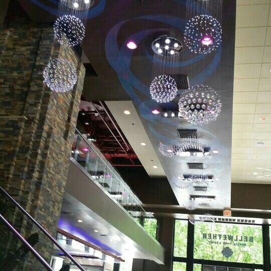 Das Foto wurde bei Bellwether Meeting House & Eatery von Rafa O. am 7/6/2016 aufgenommen
