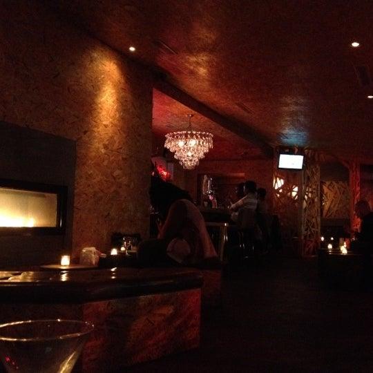 Das Foto wurde bei Vodou Bar von Alvin M. am 10/9/2012 aufgenommen