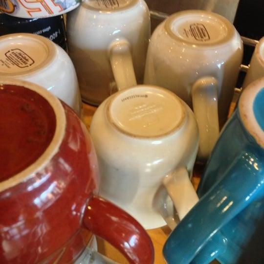 11/17/2012에 Mark D.님이 Peace Coffee Shop에서 찍은 사진