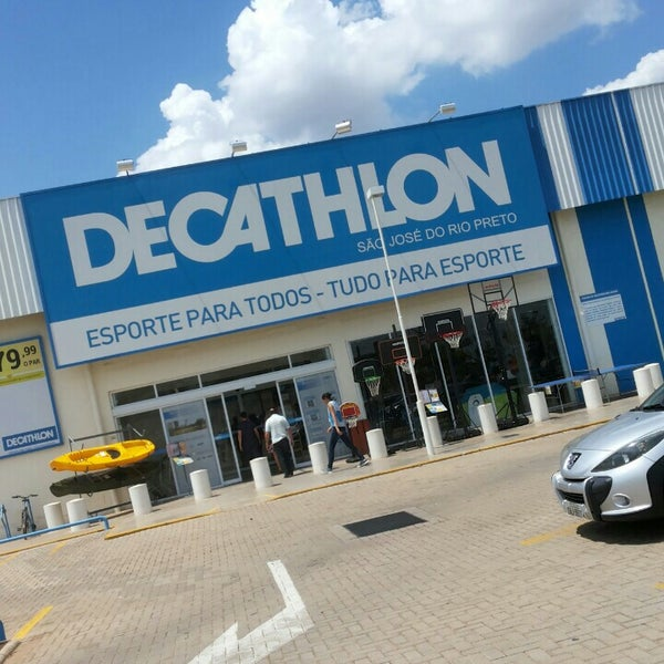 b7fe98098 Photo taken at Decathlon by Jhan P. on 10 30 2015