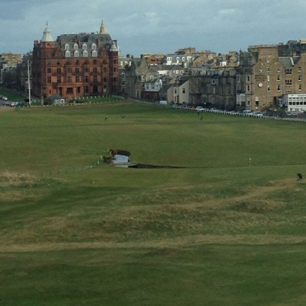 Foto tirada no(a) Old Course Hotel Golf Resort & Spa por Derek M. em 3/14/2014