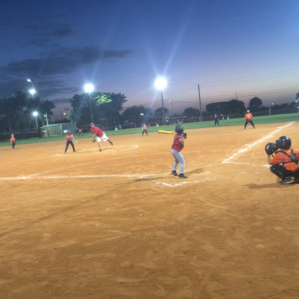 Pembroke Lakes Optimist Baseball Field Baseball Field In Pembroke Pines