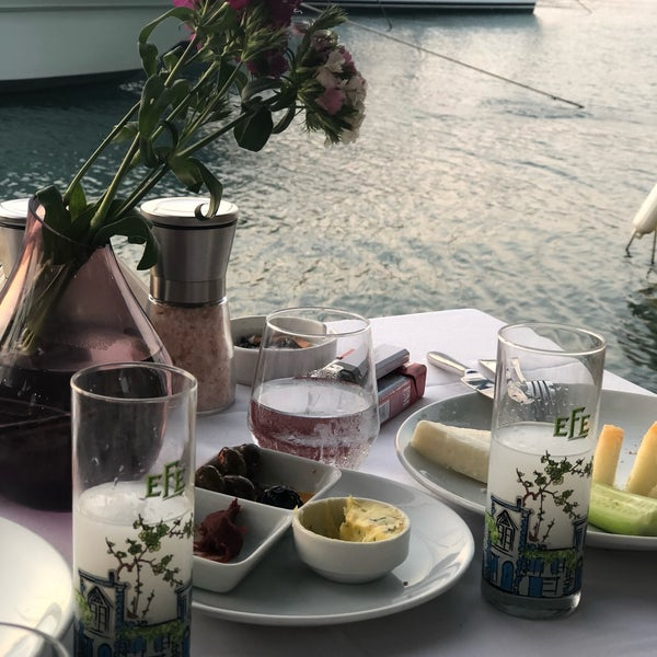 6/26/2018에 Nilay T.님이 Fethiye Yengeç Restaurant에서 찍은 사진