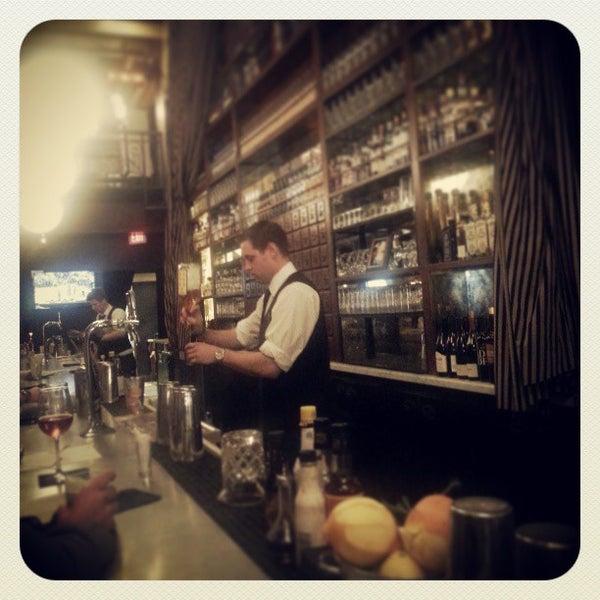 3/10/2013에 Josh P.님이 The Misfit Restaurant + Bar에서 찍은 사진