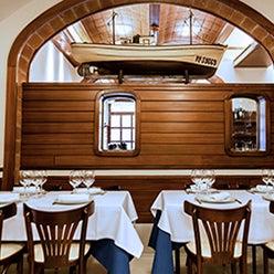 Foto tomada en Carballeira Restaurant por Carballeira Restaurant el 1/28/2014