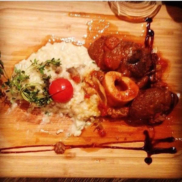 Tahinli Osmanli koftesi, dana incik ve truflu risotto favorim kesinlikle denemelisiniz.Crispy carrot cake 'e ise cooook bayilacaksiniz
