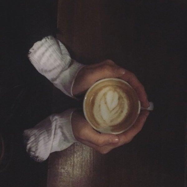 Foto tirada no(a) Deal Coffee Ekspress por Simge H. em 12/19/2016