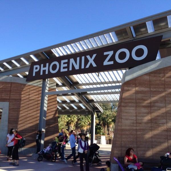 Снимок сделан в Phoenix Zoo пользователем Ryan M. 1/21/2013