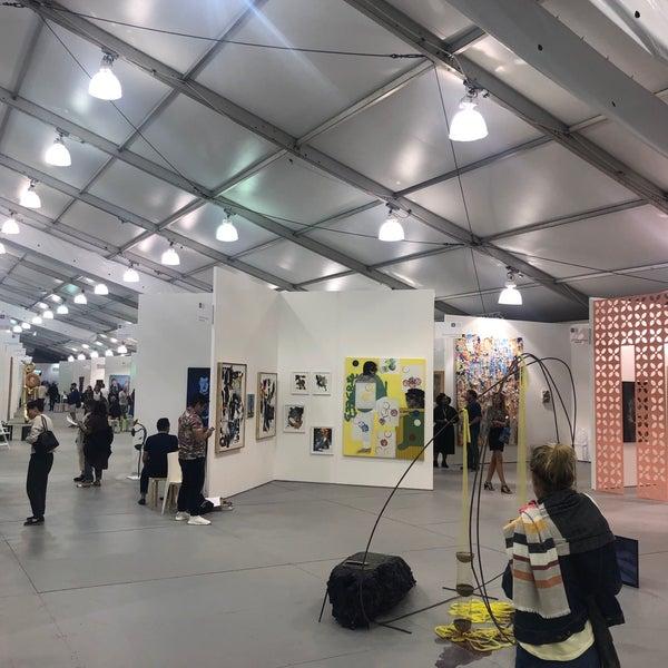 Foto scattata a UNTITLED. Art Fair da Dogan G. il 12/5/2018
