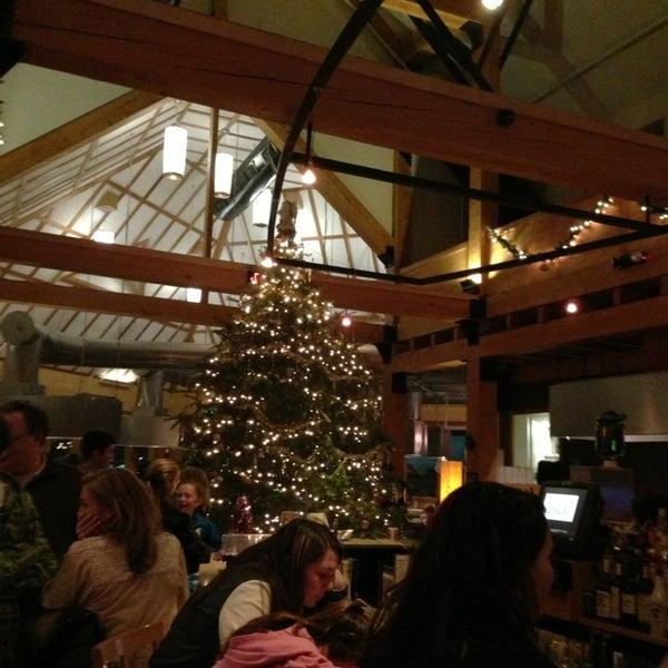 1/1/2013 tarihinde Leslie C.ziyaretçi tarafından Desaki Japanese Restaurant'de çekilen fotoğraf