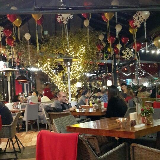 Das Foto wurde bei Cafe Locale İstanbul von Erkan Y. am 1/10/2015 aufgenommen