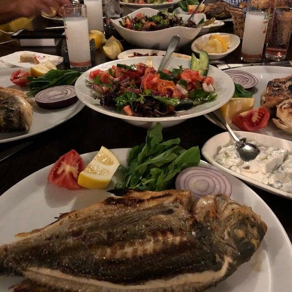 Foto tomada en King's Garden Restaurant por Serkan D. el 7/7/2018