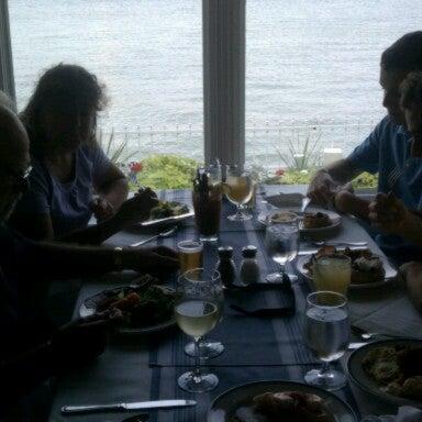 Foto tomada en Harbor House por Jeff C. el 9/16/2012