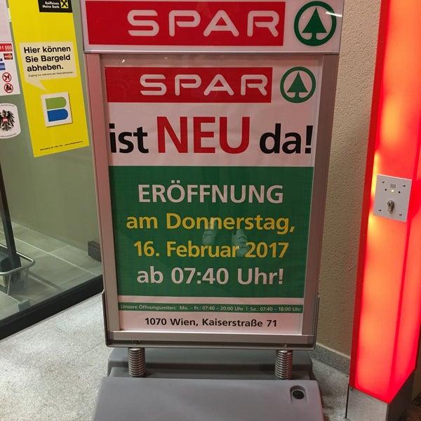 Spar Supermarket In Schottenfeld